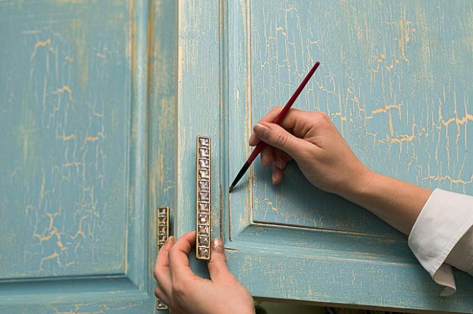 Как создать эффект старины на мебели
