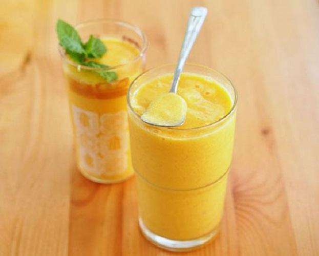 Освежающий молочный коктейль с манго