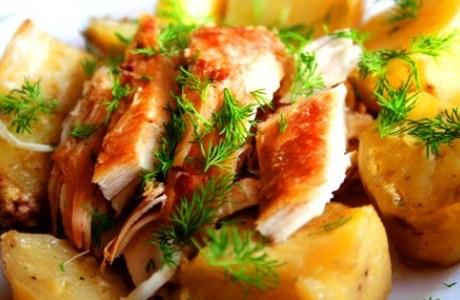 Курица в сырной корочке с картофелем и грибами