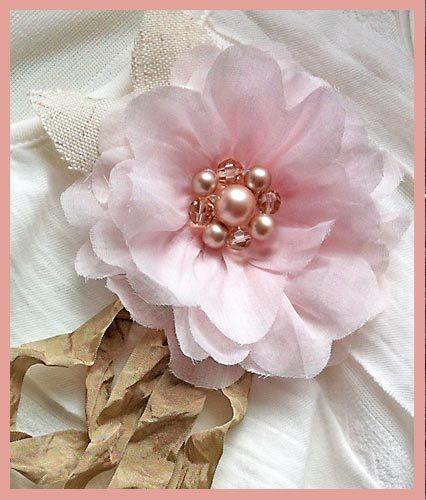 Как сделать брошь-цветок