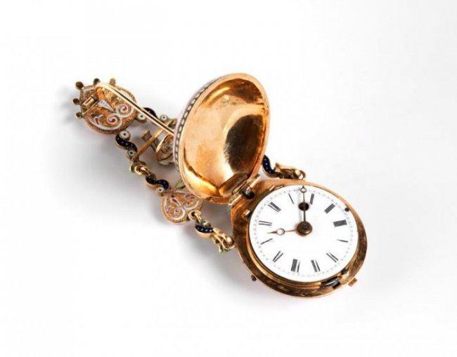 Как отрегулировать старинные часы