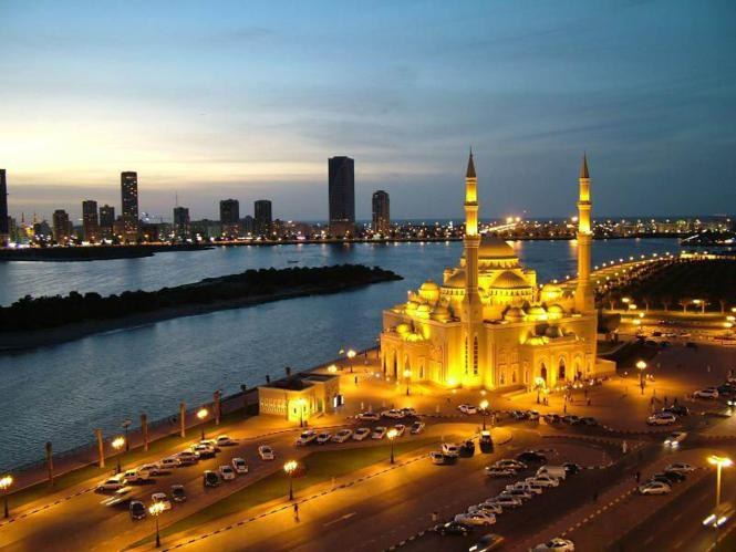 Dubai is a city which combines luxury and simplicity