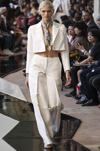 Что модно  носить весной 2014