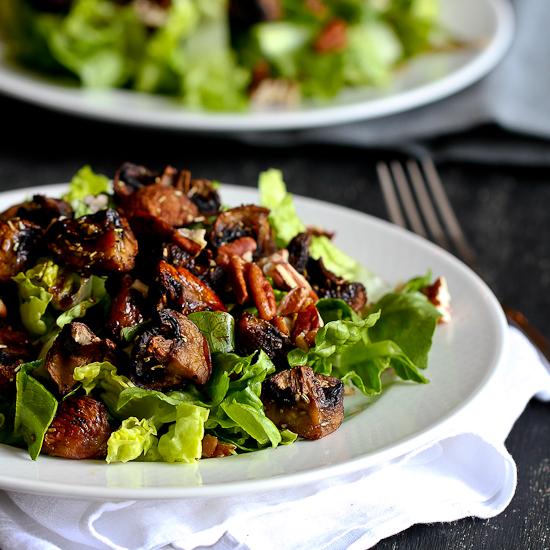 Как приготовить салат из жареных грибов