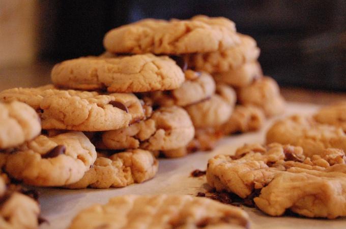 Легкое печенье с арахисовой пастой