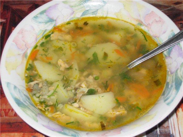 Рыбный суп из консервов с макаронами