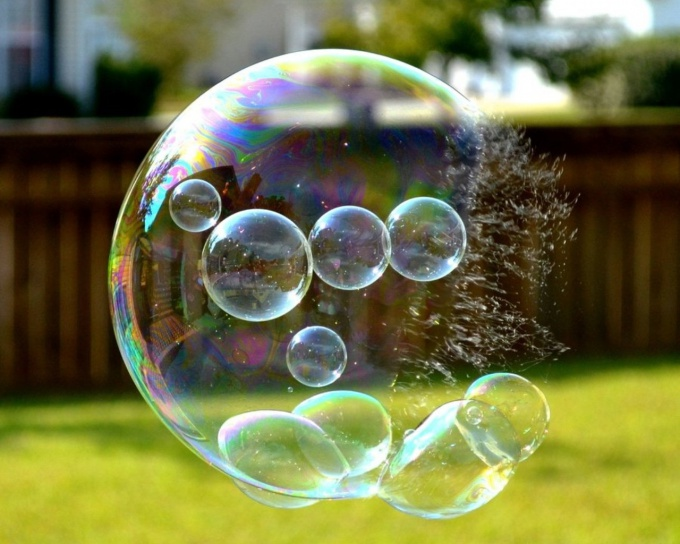 "Do ""strong"" bubbles"