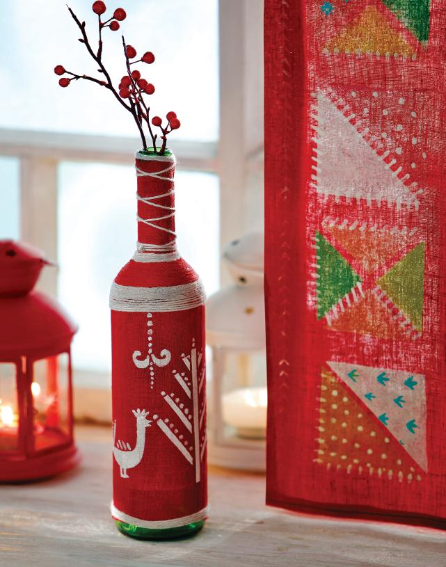 Как сделать вазу из бутылки в русском стиле