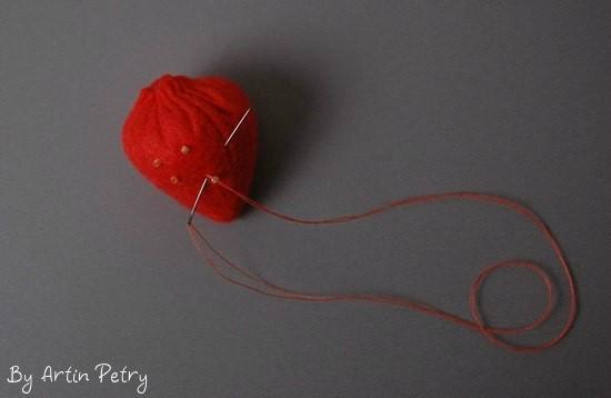 Как сделать клубнику из фетра