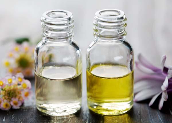 Как избавиться от микробов и неприятного запаха в квартире с помощью чайного дерева.