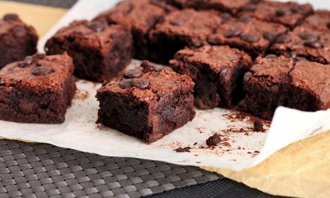 Как приготовить шоколадный десерт Брауни (Brownie)