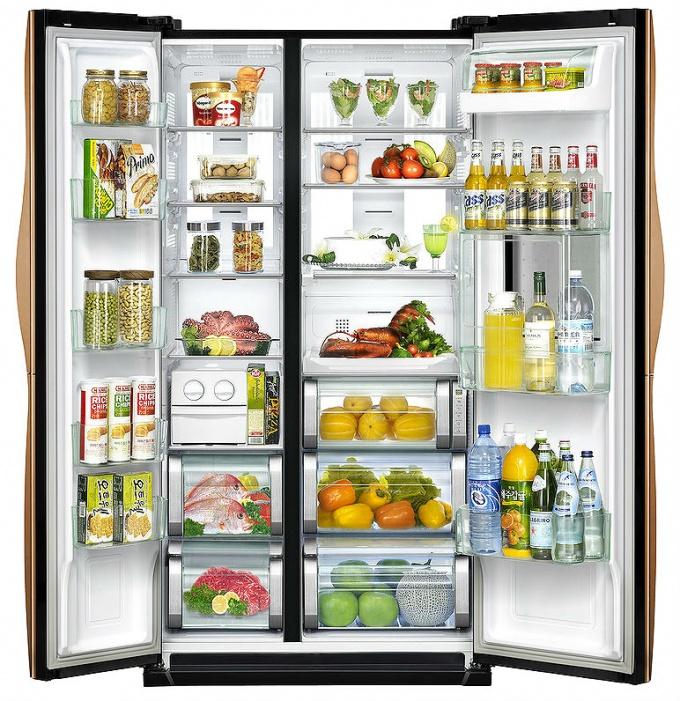 Как избавиться от затхлого запаха в холодильнике