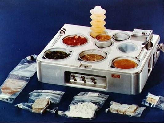 Где и как готовят пищу для космонавтов