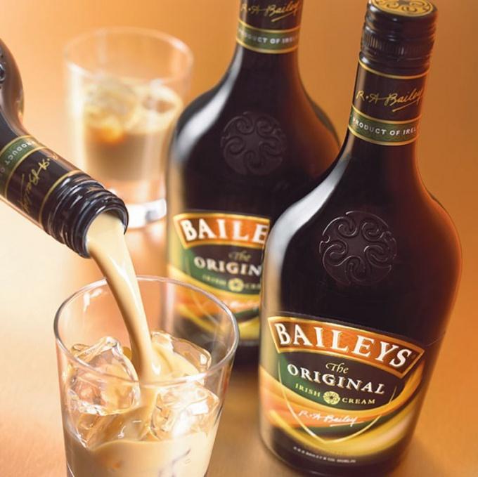 Коктейль с  Baileys («Бейлиз»)