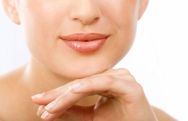 How to care for dry lips