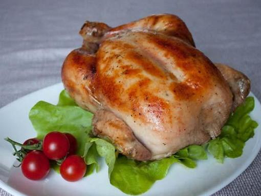 запечь курицу в духовке на бутылке рецепт