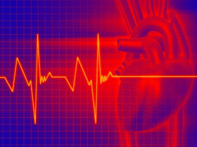 При возникновении сильного сердцебиения - немедленно обратитесь к врачу.