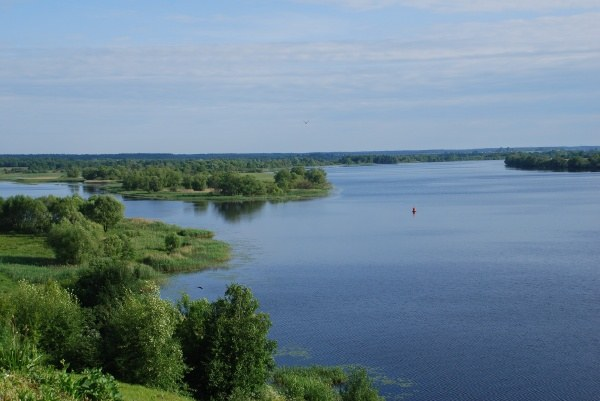 What are the tributaries of the Volga