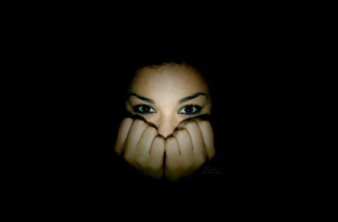 Как справиться с боязнью темноты