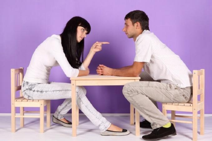 Как разрешить конфликт в семье