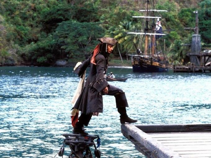 """О чем фильм """"Пираты Карибского моря"""""""