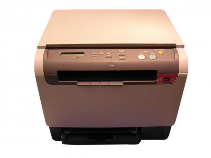 Для установки принтера понадобится кабель и файл драйвера