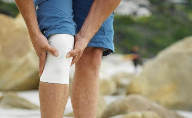 Почему щелкают суставы