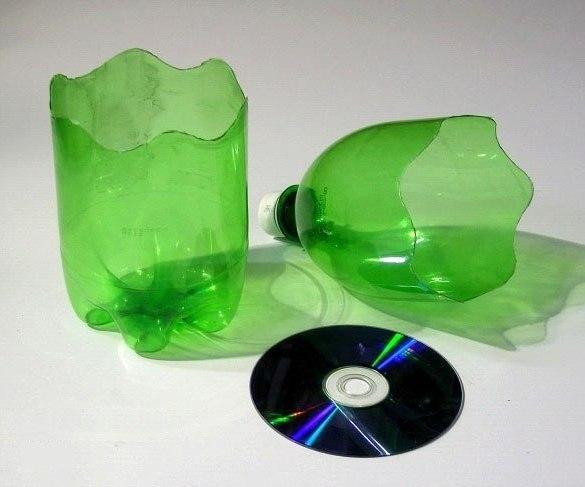 Ваза из дисков для цветов