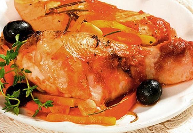 Пикантная курица с овощами в мультиварке