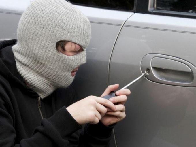 Какие действия предпринять, если у вас угнали машину