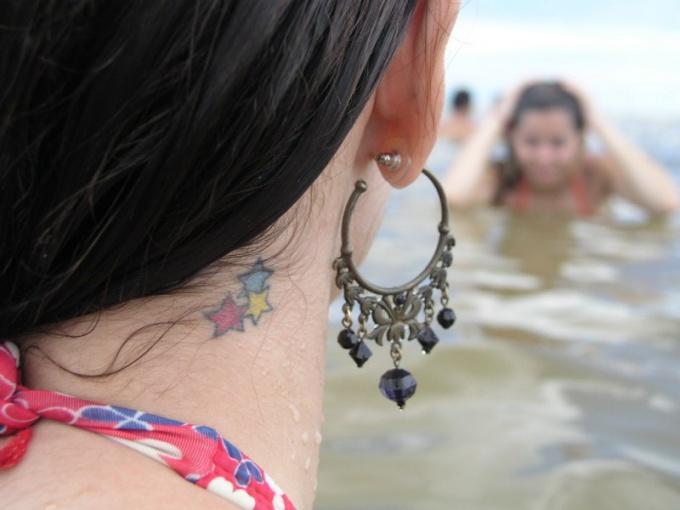 Что означает татуировка в виде звезды