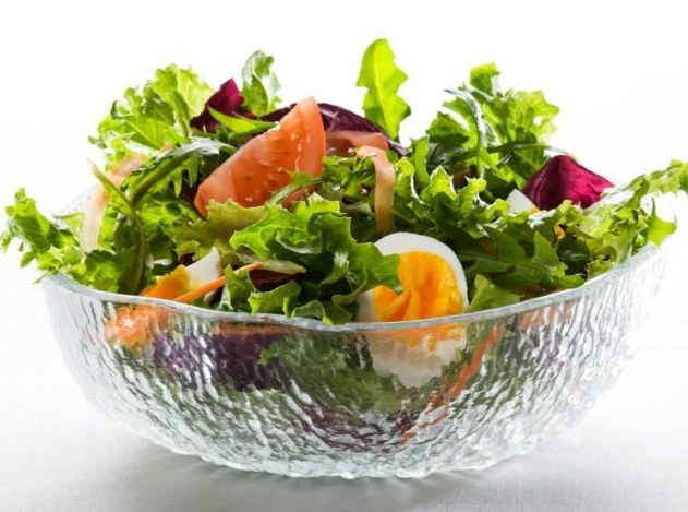 How to cook salad of lettuce