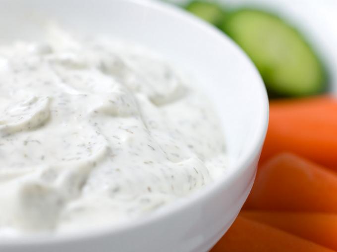 Как готовить сметанный соус