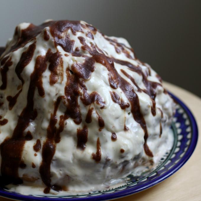 Как приготовить торт из готовых коржей