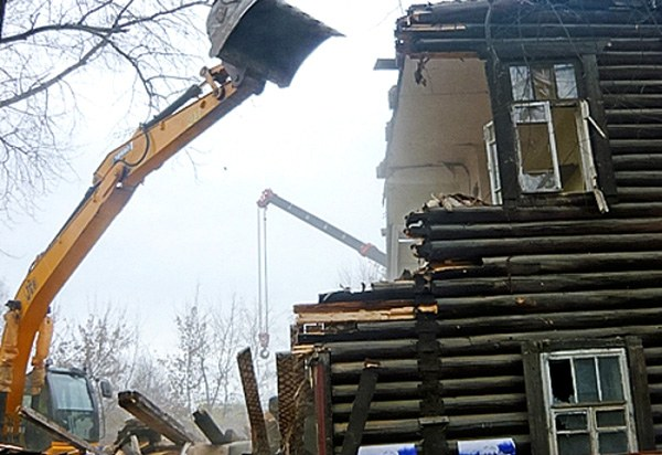 As expected, square meters per person during the demolition of dilapidated housing