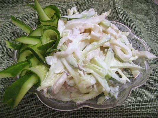 Как приготовить салат из плавленых сырков