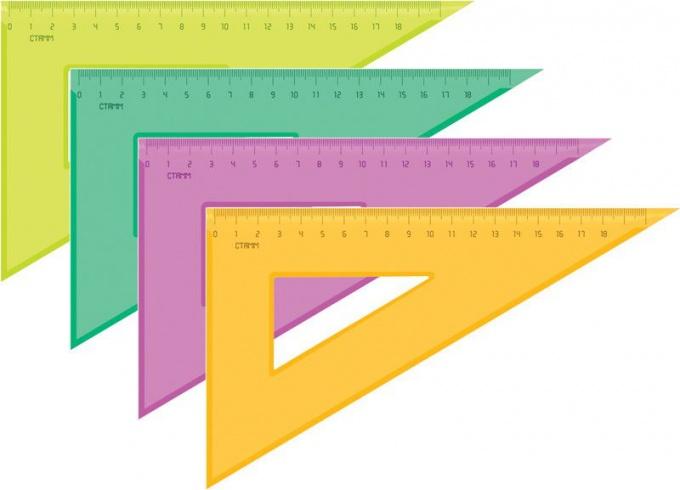 Как именуются стороны прямоугольного треугольника