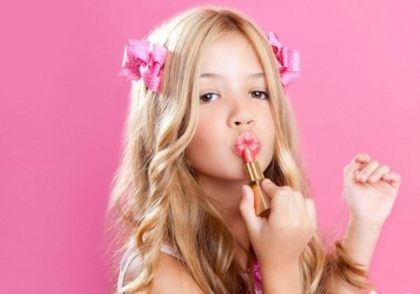 Какая декоративная косметика подходит для девочек