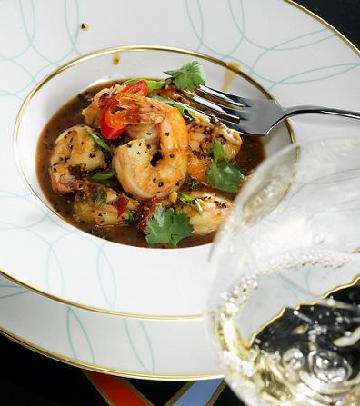 Креветки в черном перце по‑сингапурски