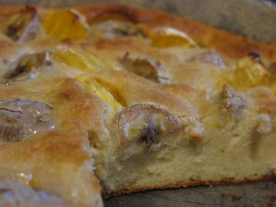 Творожно-банановый пирог с апельсином