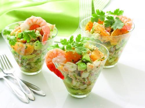 Как аппетитней каждого готовить салат с креветками.
