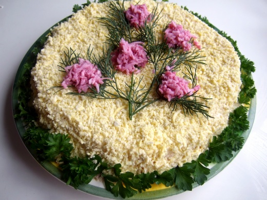 Как сделать салат «Северная мимоза»
