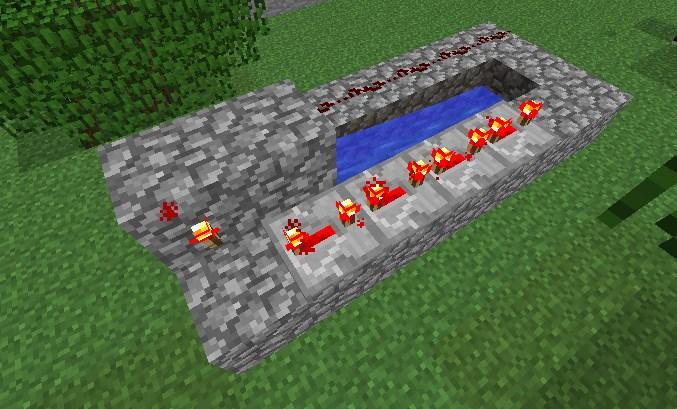Факел и повторители для пушки в Майнкрафте