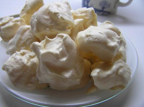 Как легко приготовить пирожные меренги