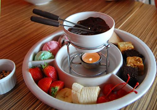 Как приготовить шоколадное фондю