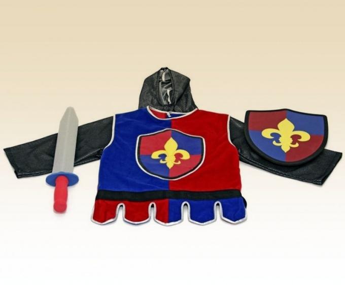 Как сделать костюм рыцаря для мальчугана