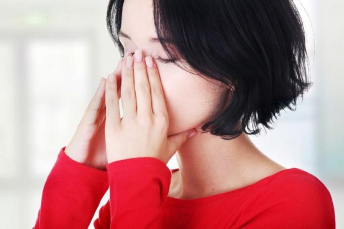 Что могут значить боли в области носа и лба