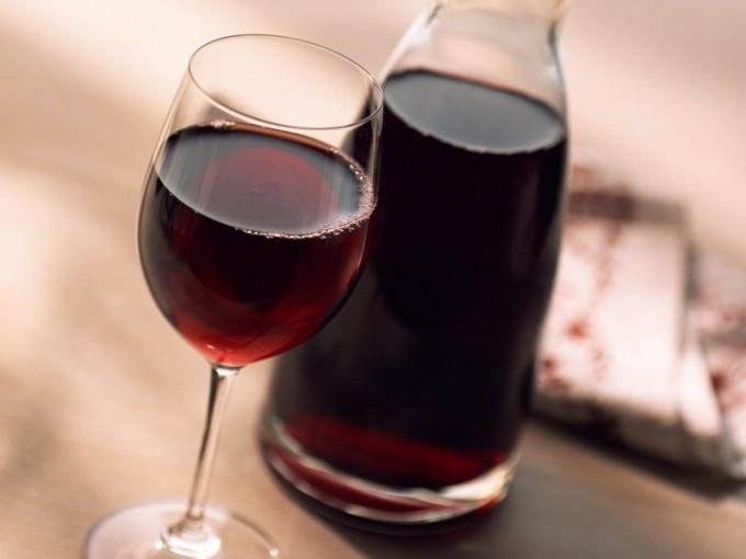 Вино из забродившего варения