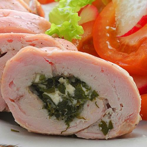 Как приготовить диетические рулетики из курицы с творогом?