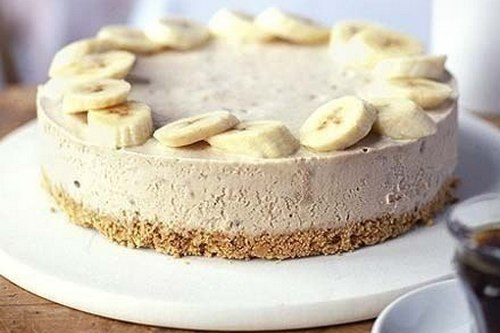 Banana-curd cheesecake